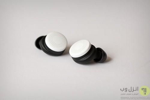 here_earphones_1