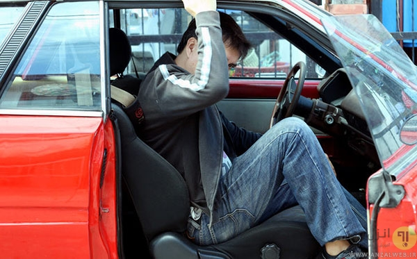 چگونه الکتریسیته ساکن ناشی از نشستن در خودرو را از بین ببریم؟