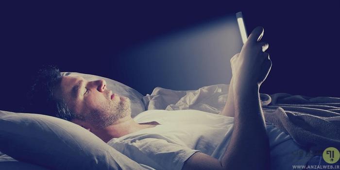 تاثیر نگاه کردن به صفحه نمایش روشن وسایل روی خواب و کنترل آن
