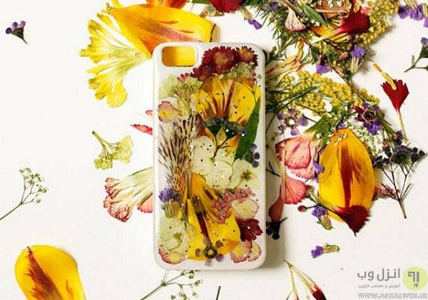 تزیین قاب گوشی با گلهای خشک شده