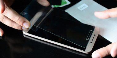 نحوه نصب و چسباندن گلس و محافظ صفحه گوشی بدون حباب