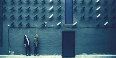 هکرها چگونه شما را میبینند ؟ روش های رایج هک دوربین ابزار دیجیتال