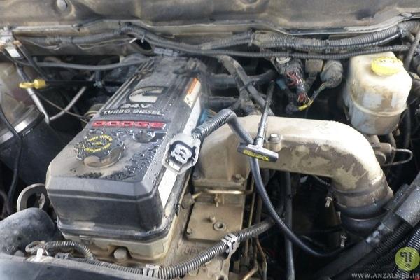 باتری ماشین را تمیز نگه دارید