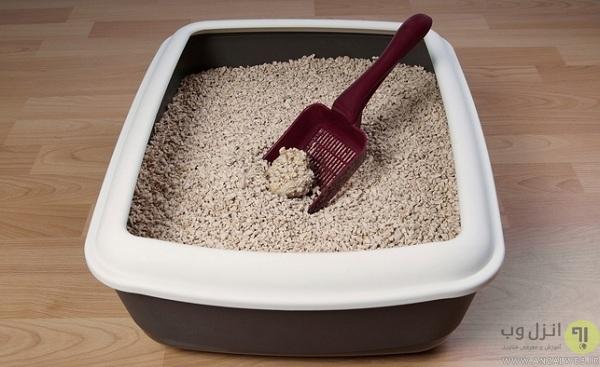 گذاشتن ماسه و نمک در جعبه ابزار ماشین