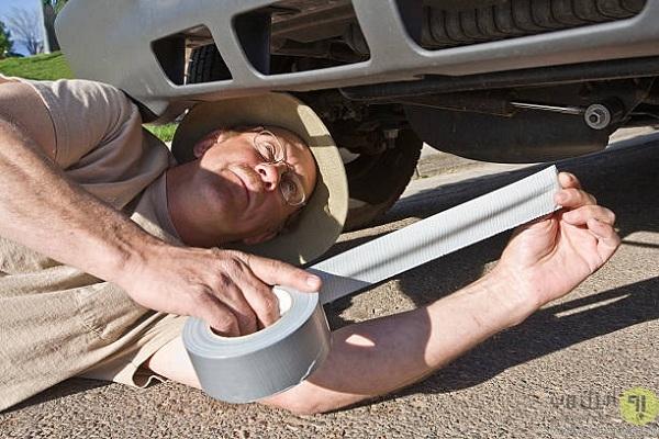 نوار چسپ داکت یکی از ابزارهای مورد نیاز خودرو