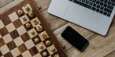 بهترین بازی شطرنج آنلاین تک یا دونفره حرفه ای و ساده