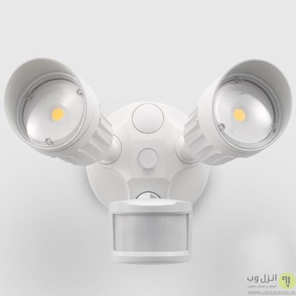 چشمک زدن لامپ ال ای دی متصل به سنسور حرکتی