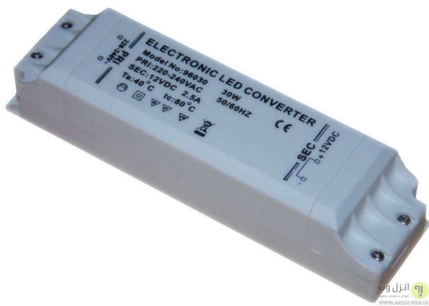 چشمک زدن لامپ کم مصرف به دلیل مشکل در ترانسفورماتور