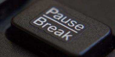 کاربرد دکمه Pause Break کیبورد کامپیوتر و لپ تاپ چیست؟
