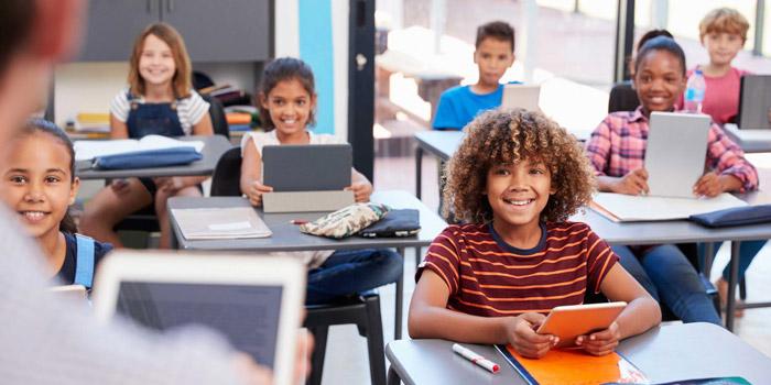 بهترین ابزار و نرم افزار های آنلاین تدریس برای معلم ها