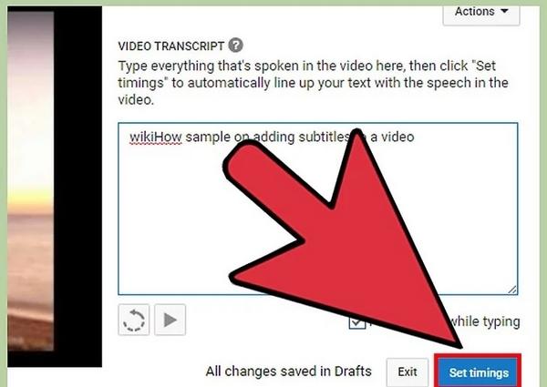 """""""Transcribe and auto-sync"""" را انتخاب کنید. یک قسمت متن در کنار ویدیو برای ورود زیرنویس ظاهر می شود."""