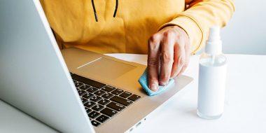 روش صحیح ضدعفونی و تمیز کردن لپ تاپ