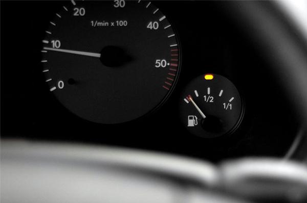 ته کشیدن بنزین