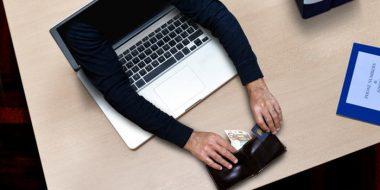 آموزش روش مقابله و جلوگیری از کلاهبرداری اینترنتی بانکی