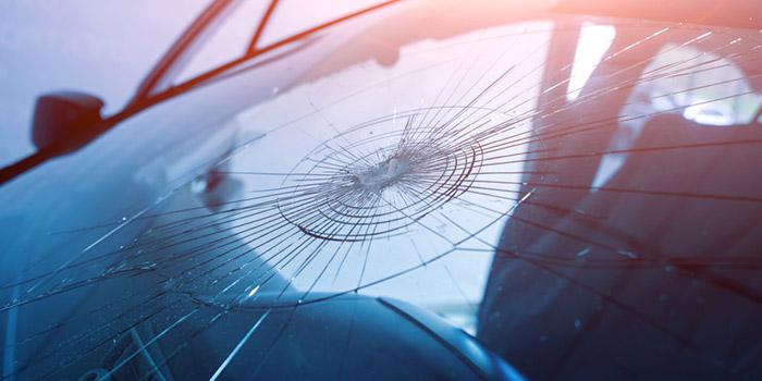 جلوگیری از پیشرفت و گسترش ترک خوردگی شیشه ماشین
