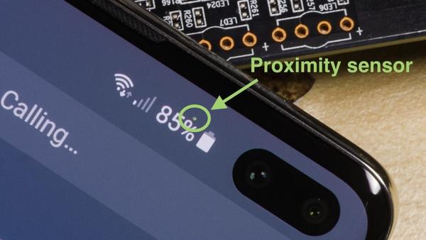 هیچ پوششی از سنسور برای حل مشکل خاموش شدن صفحه هنگام بازی ویس در تلگرام وجود ندارد
