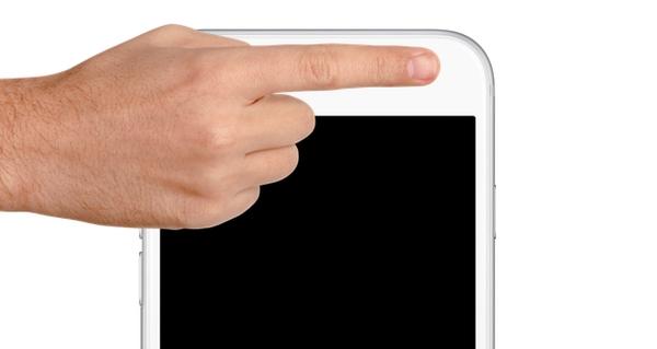با دور کردن تلفن از خود ، مشکل خاموش شدن صفحه هنگام بازی ویس را حل کنید