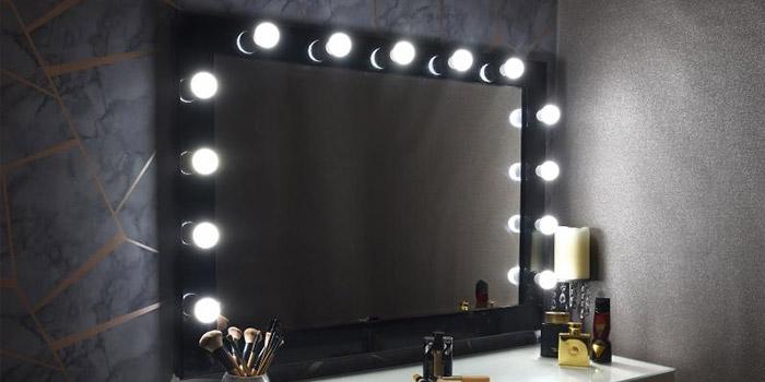 آموزش ساخت آینه هالیوودی یا چراغ دار در خانه